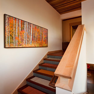 Photo of a rustic wood staircase in Sacramento.
