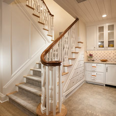 Traditional Staircase by THINK architecture Inc.