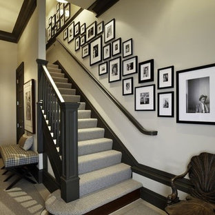 staircase wall decorating ideas