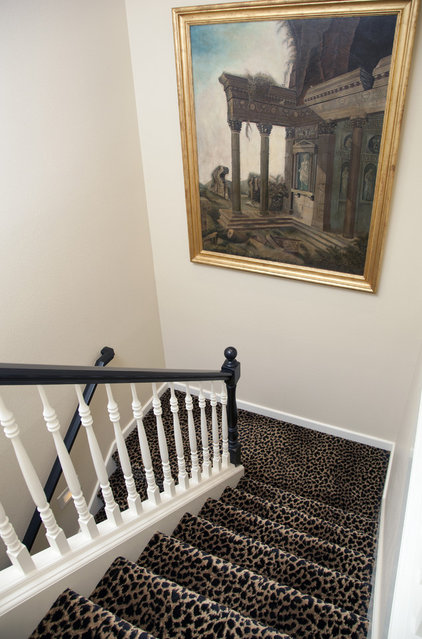 Traditional Staircase Staircase