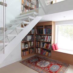 modern staircase by Handwerk Interiors