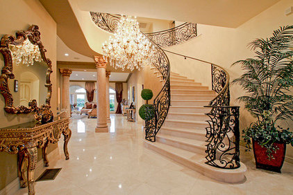 Traditional Staircase by ShamuEx/Interior