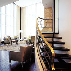 Contemporary Staircase by Crosstree, Inc.