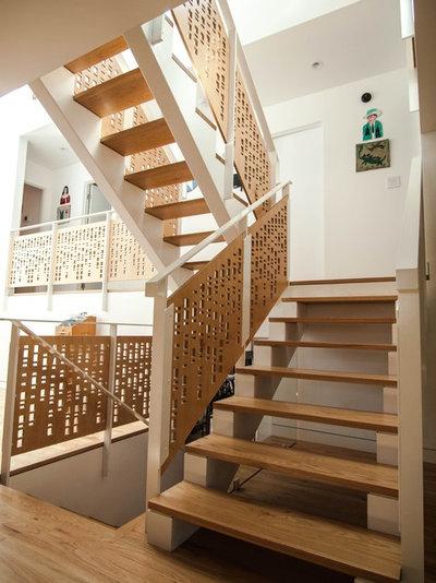 コンテンポラリー 階段 by John Prindle