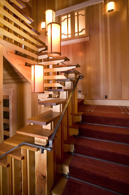 Traditional Staircase by Ryan Group Architects