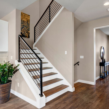 Stairway/Entry