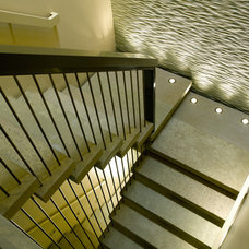 Modern Staircase by Ward-Young Architecture & Planning - Lafayette, CA