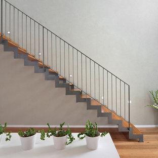 Idee per una scala sospesa minimalista