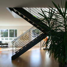 Modern Staircase by ALCOVA architecture