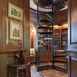 Diseño de escalera de caracol, clásica, pequeña, sin contrahuella, con escalones de madera