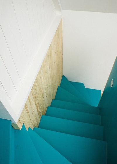 Scandinavian Staircase by LASC Studio