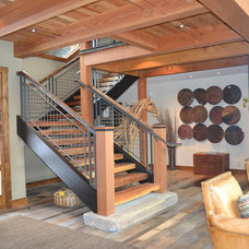 Contemporary Staircase by Scott Gilbride/Architect Inc.