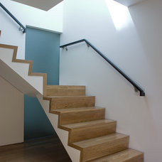 Modern Staircase by atelier KS