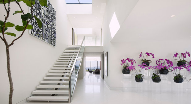 Contemporary Staircase by McClean Design