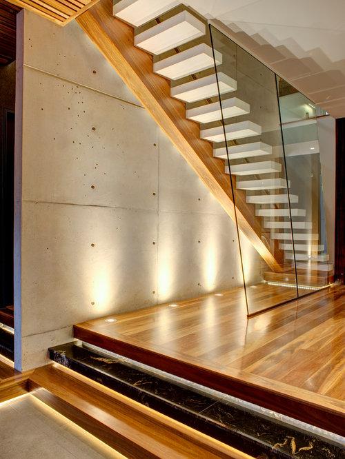 photos et id es d co d 39 escaliers avec des marches en acrylique. Black Bedroom Furniture Sets. Home Design Ideas