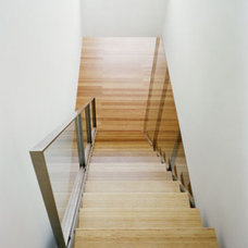 Modern Staircase by nARCHITECTS
