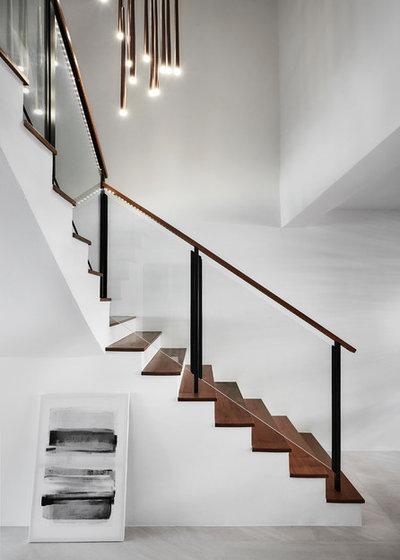 Modern Staircase by Icon Interior Design Pte Ltd