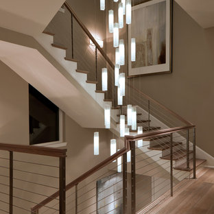 Charmant Example Of A Trendy Staircase Design In New York