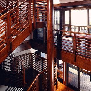 ニューヨークのアジアンスタイルのおしゃれな階段の写真