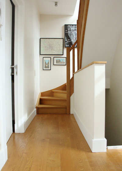 Traditional Staircase by Holly Marder