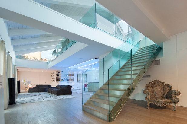 Contemporaneo Scale by Gruppo Building