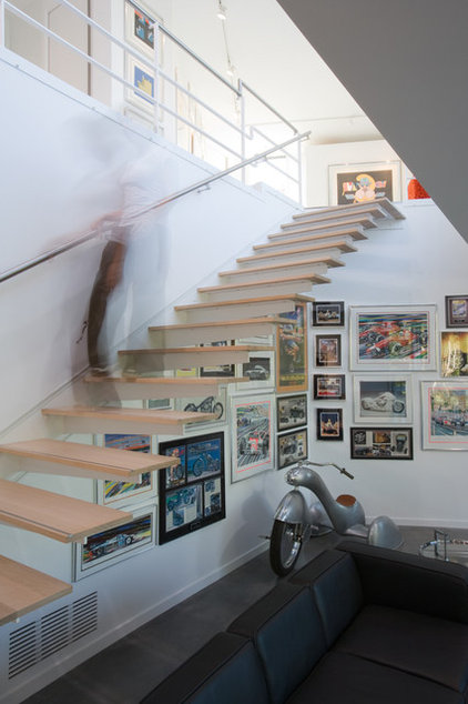 Modern Staircase by Hufft Projects