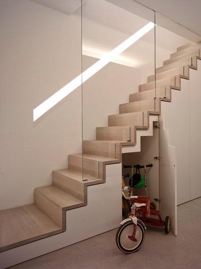 Minimalistisch Treppen by The Vawdrey House