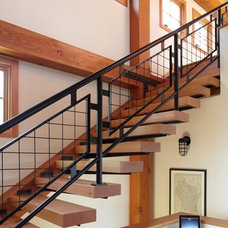 Farmhouse Staircase by Northworks Architects and Planners
