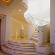 Modern Staircase by Richard Luke Architects P.C.
