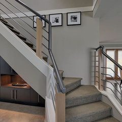 eclectic staircase by Creative Spaciz / SPACIZ Design Studio