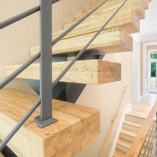 Modelo de escalera suspendida, contemporánea, grande, sin contrahuella, con escalones de madera