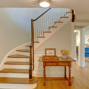 Transitional Entry / Staircase
