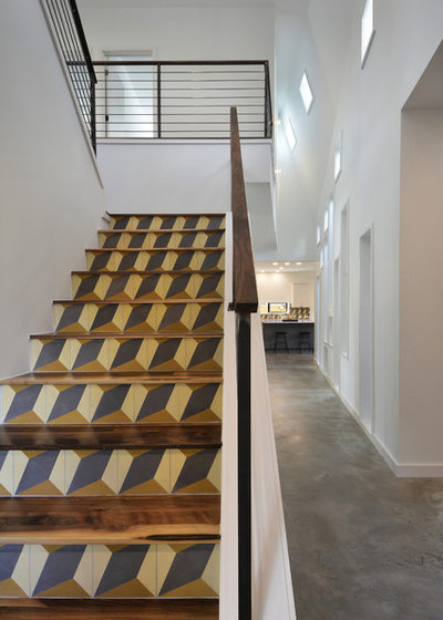 Modern Staircase by MF Architecture
