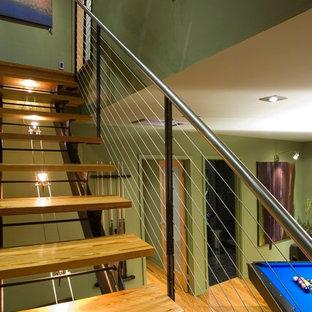 他の地域のコンテンポラリースタイルのおしゃれな直階段の写真