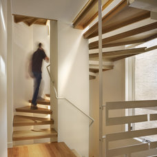 Contemporary Staircase by Rasmussen / Su Architects