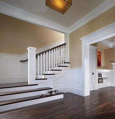 traditional staircase by Patterson Construction Corporation