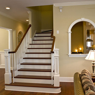 Example of an eclectic staircase design in Raleigh