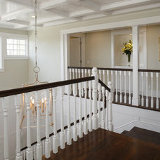 Traditional Staircase by Shigetomi Pratt Architects, Inc.