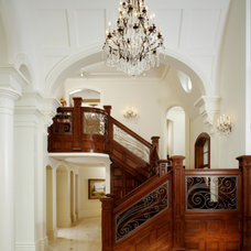 Traditional Staircase by DesRosiers Architects