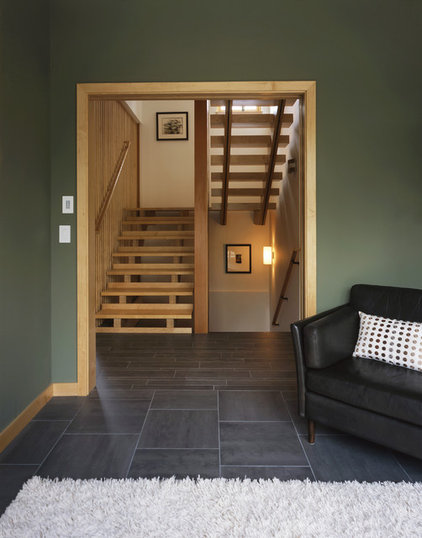 contemporary staircase by Quartersawn Design Build