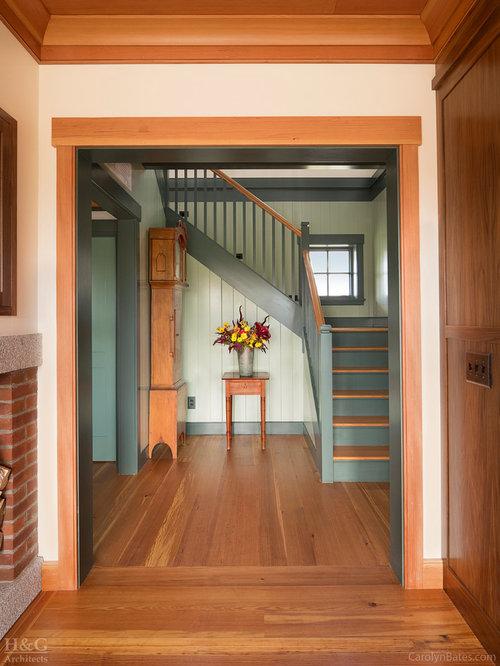 Treppenhaus im landhausstil burlington   treppenhausgestaltung und ...