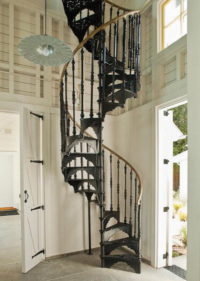 Victorian Staircase by John Malick & Associates