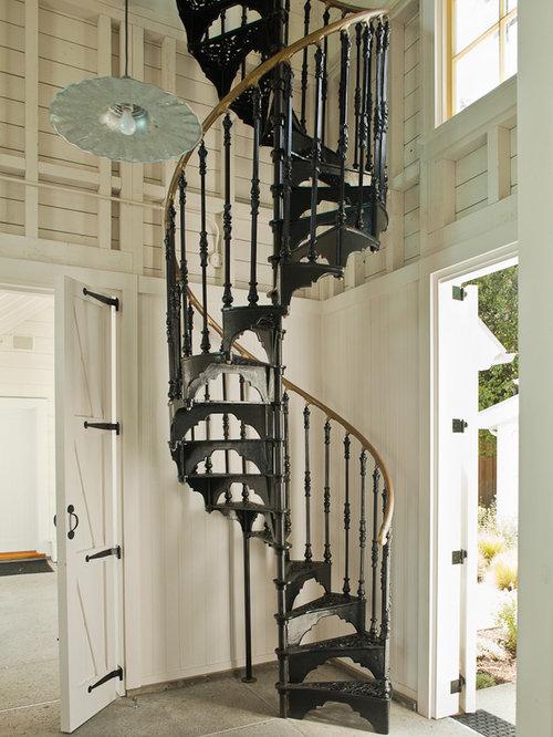 Foto e idee per scale scale a chiocciola vittoriane - Scale a chiocciola foto ...