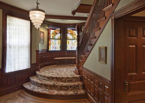 Traditional Staircase by Siemasko + Verbridge
