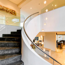 Contemporary Staircase by DeMicoli & Associates