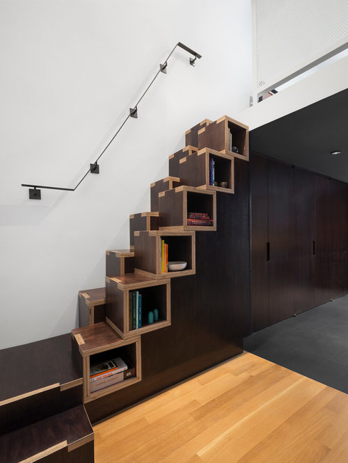 Small Trendy Wooden Staircase Photo In New York