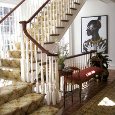 Traditional Staircase by Eberlein Design Consultants Ltd.