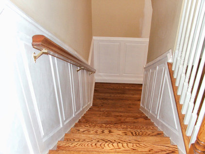 Traditional Staircase by TL King Cabinetmakers