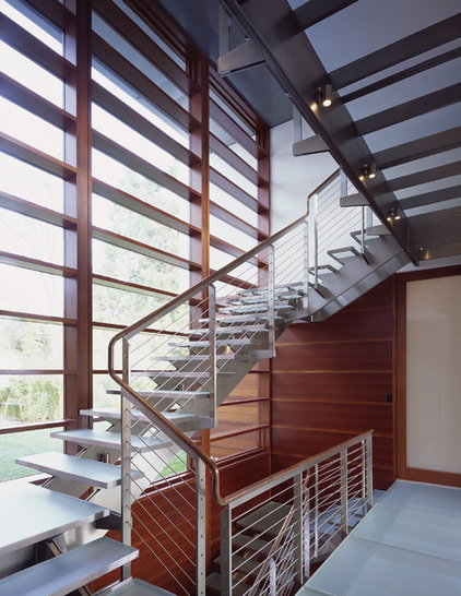 modern staircase by Ehrlich Architects