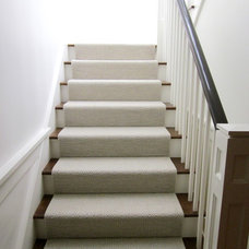 Traditional Staircase by Twig Perkins Inc.